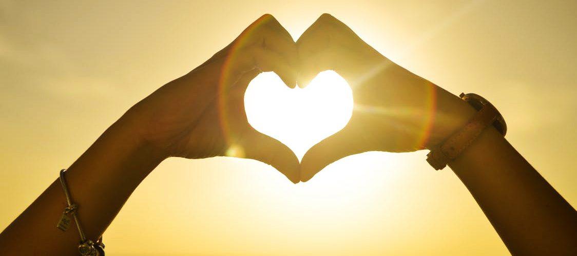 quels sont les symptômes d'une crise cardiaque